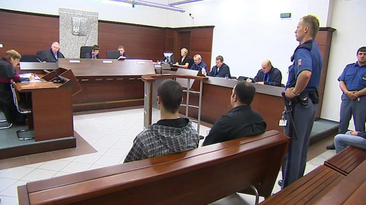 Leoš Lipenský a Ladislav Olah u soudu