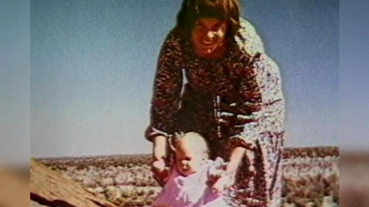 Lindy Chamberlainová s dcerou Azariou