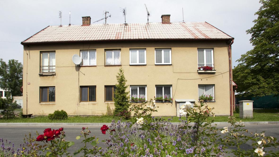 Dům napadených Romů v Býchorech