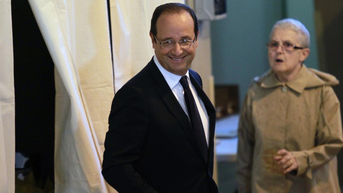 Francouzský prezident François Hollande před volbami v Tulle