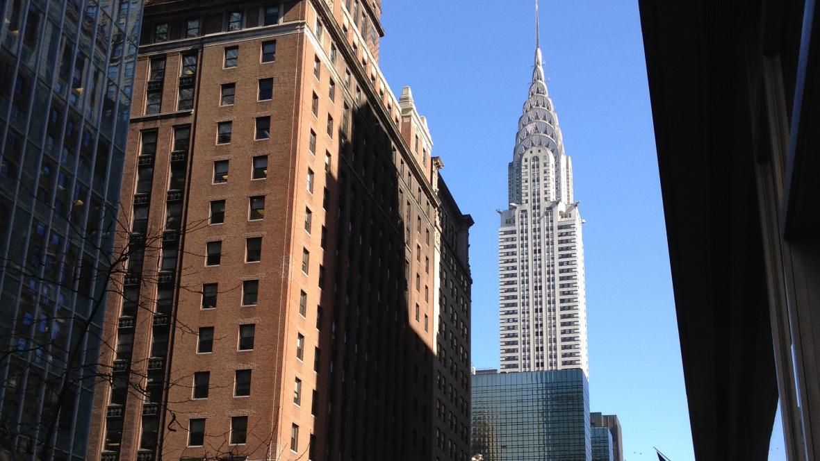 New York: v pozadí mrakodrap firmy Chrysler