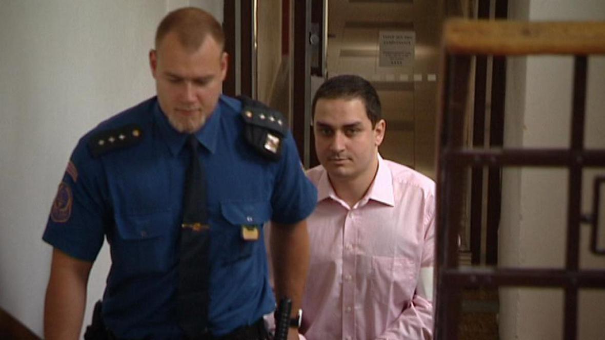 Odsouzený David Dembinski