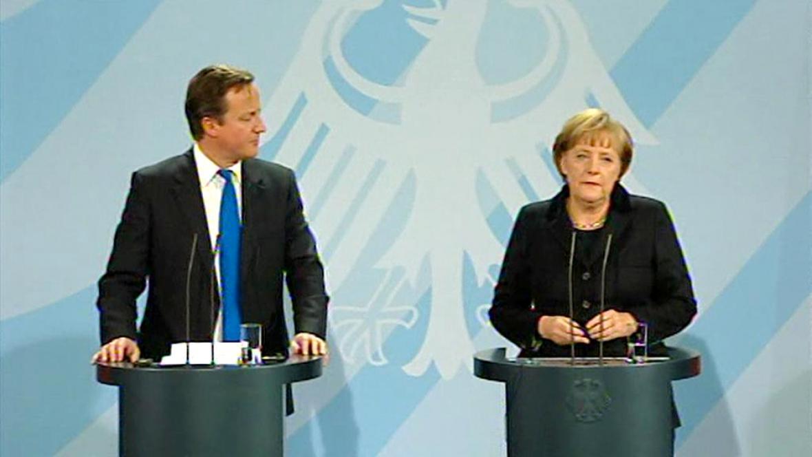Merkelová a Cameron