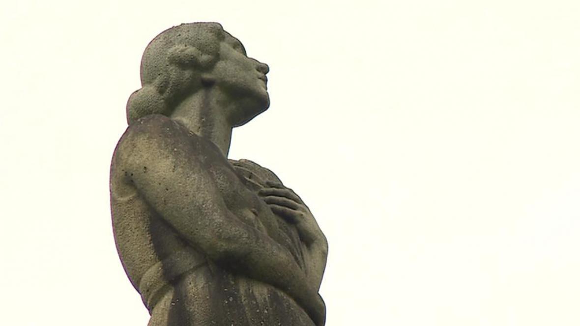 Pomník u Hrdějovic