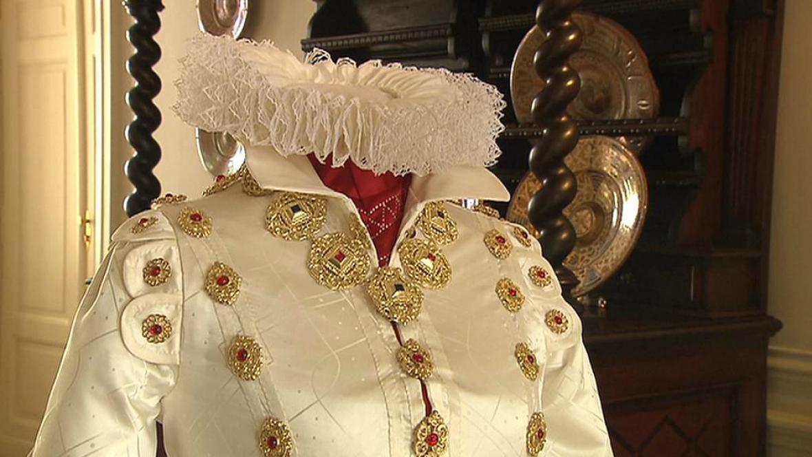 Kopie historických šatů Polyxeny z Pernštejna