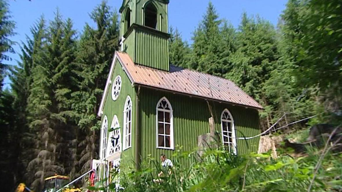 Kaplička v Suchém Dole na Broumovsku