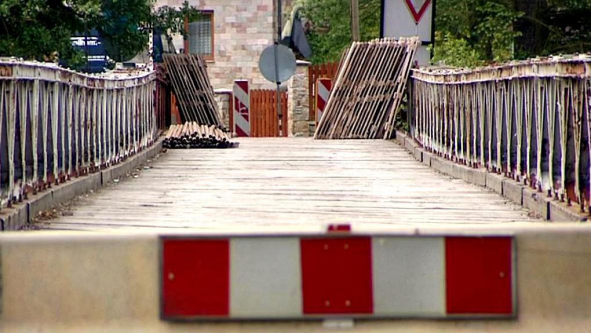 Uzavřený most