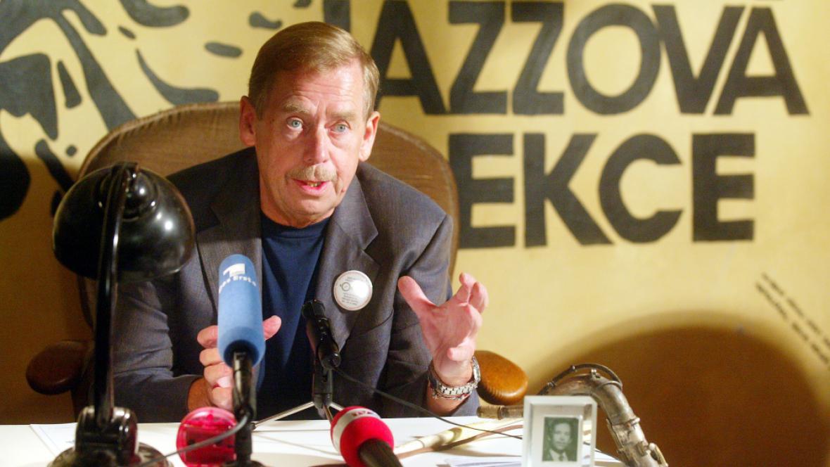 Roku 2003 se četlo na počest Václavu Havlovi