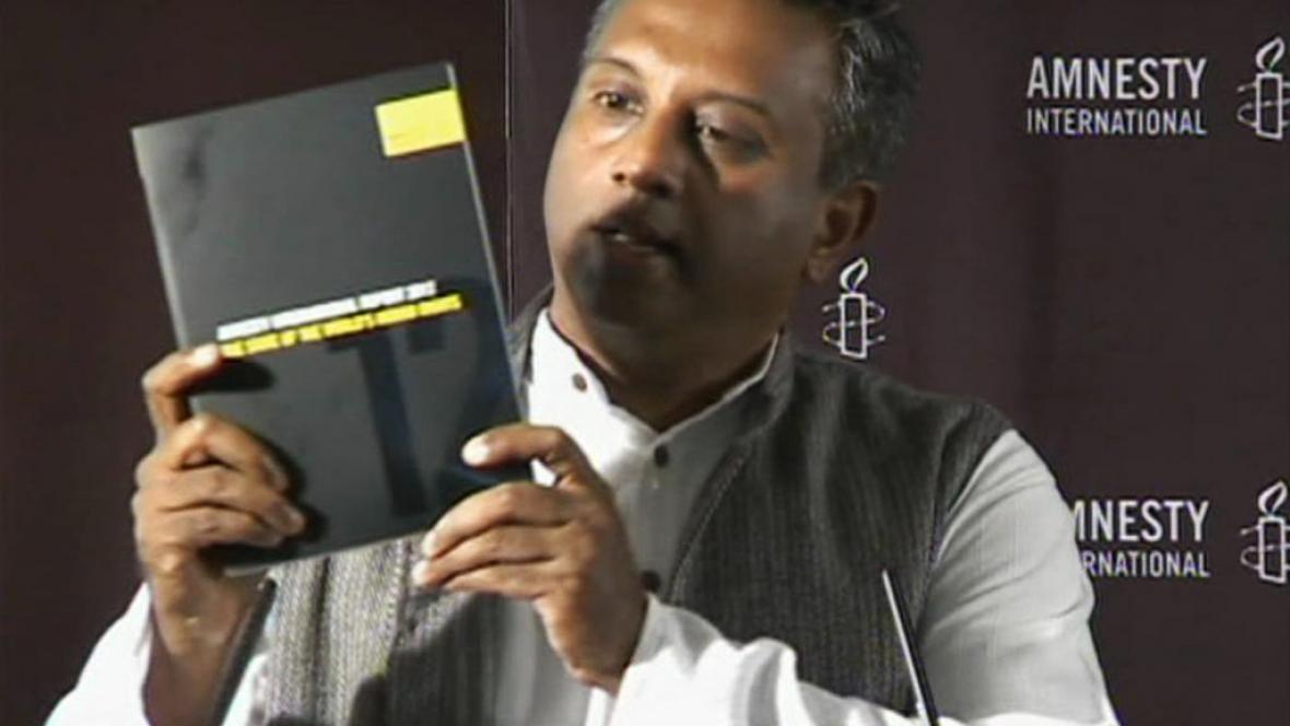 Salil Shetty s výroční zprávou AI