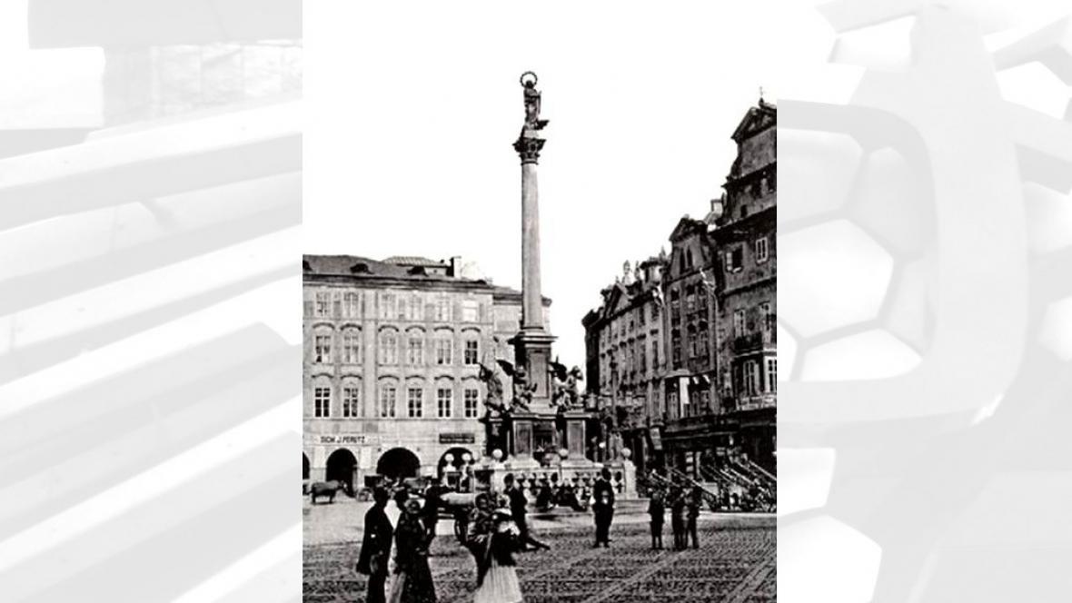 Mariánský sloup na Staroměstském náměstí