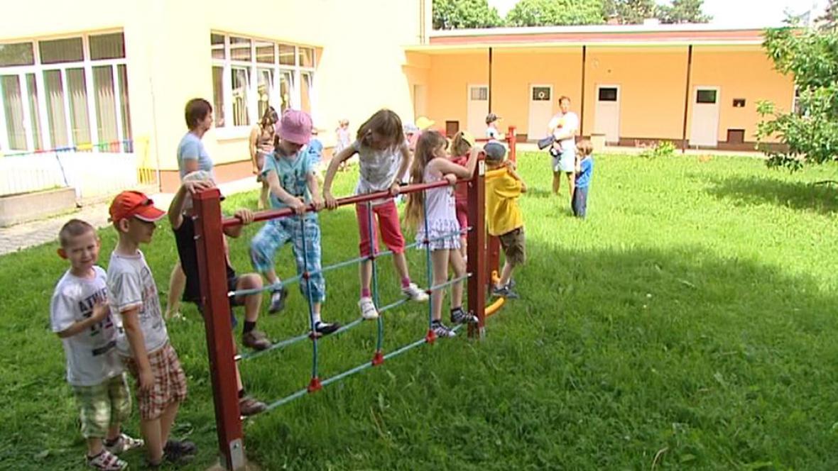 Děti ve školce při hře