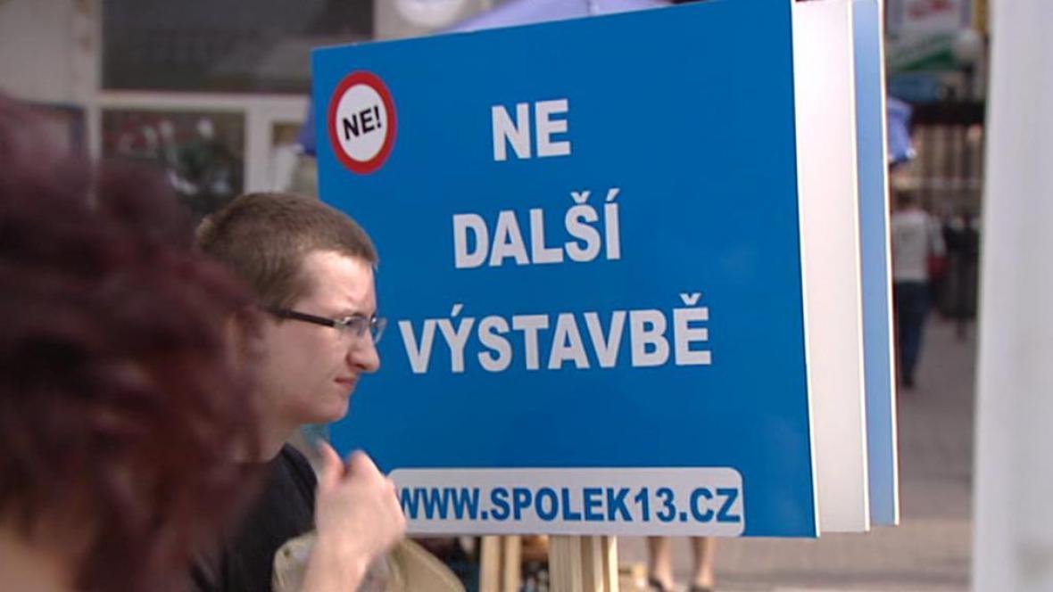 Demonstrace na Praze 13