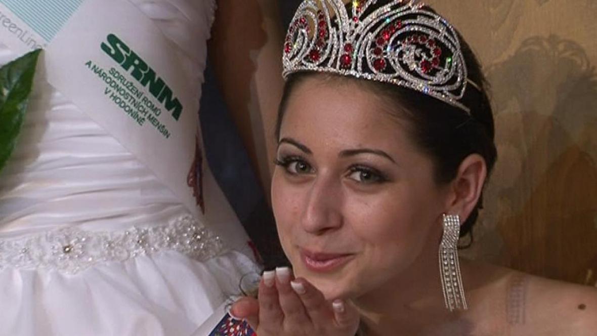 Miss Roma Nikola Dudušová