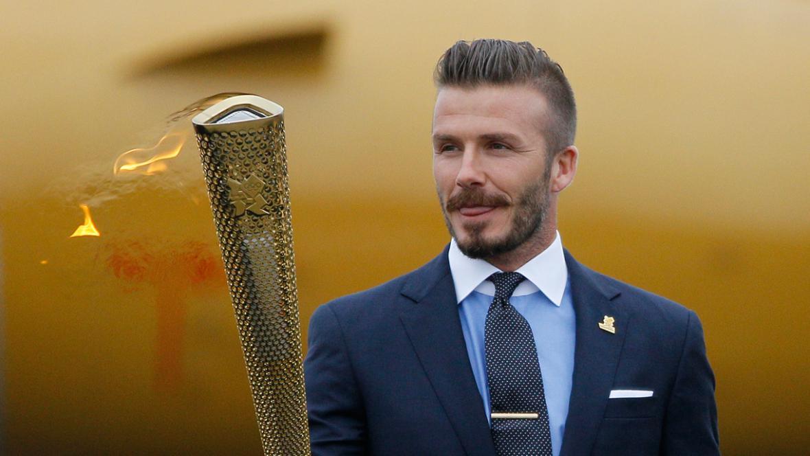 David Beckham s olympijskou pochodní