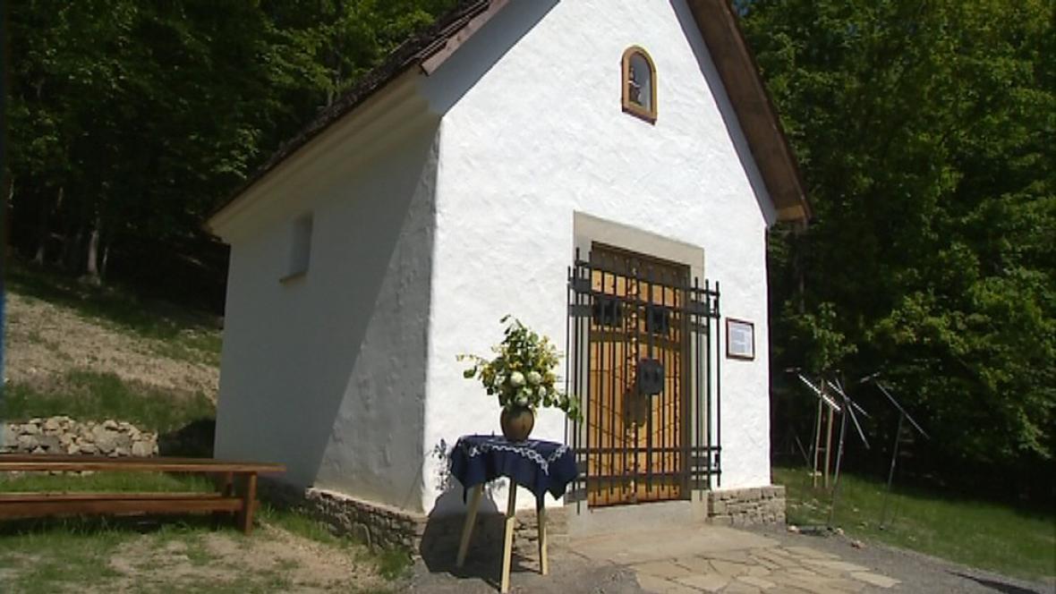 Kopie kapličky z Valašské Bystřice stojí ve skanzenu