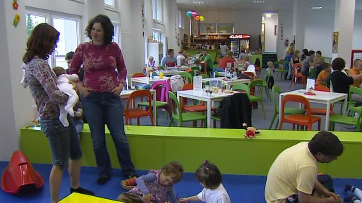 Setkání rodin s autistickými dětmi
