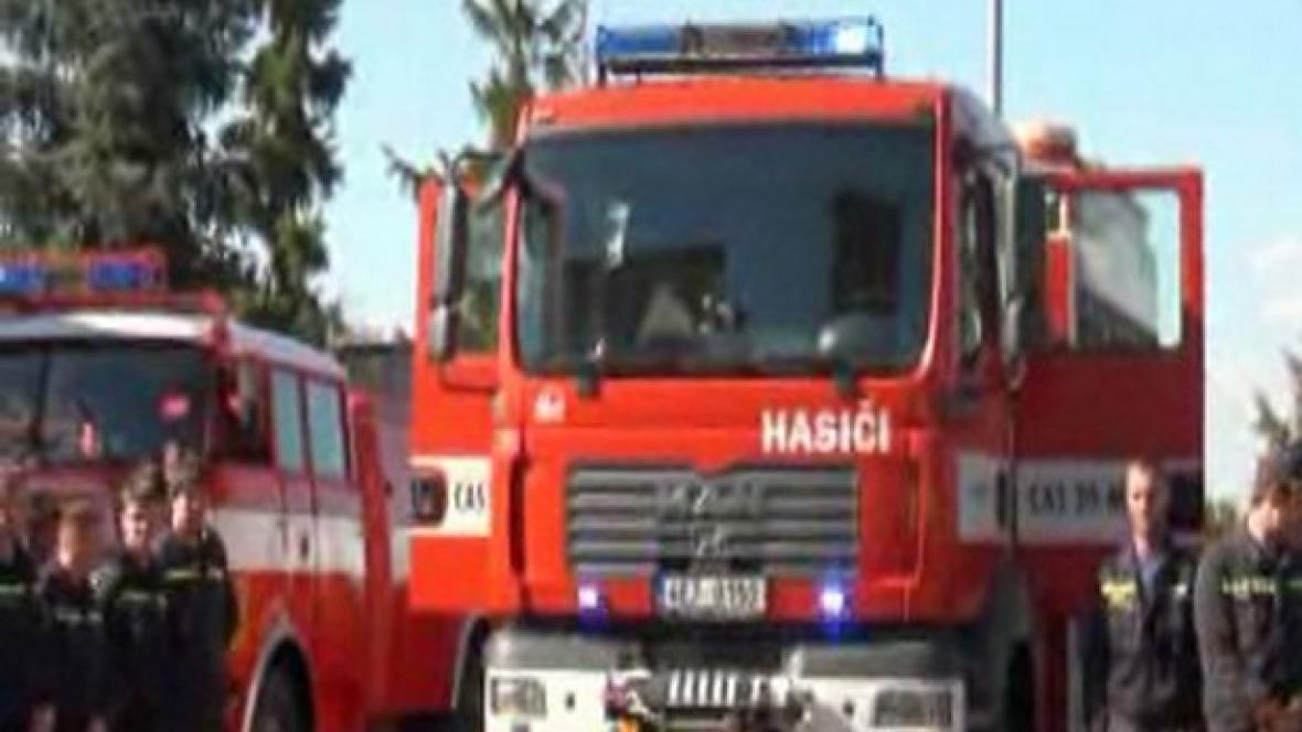 Přeloučtí hasiči mají nové auto
