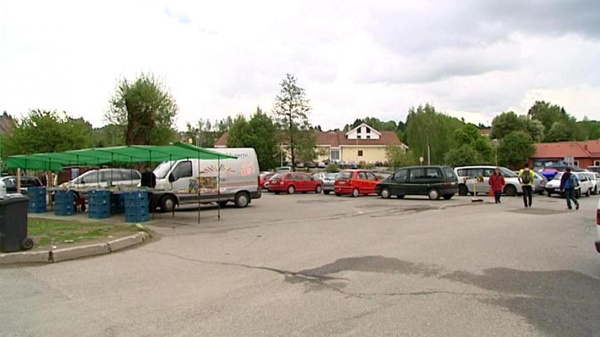 Parkování před pelhřimovskou poštou