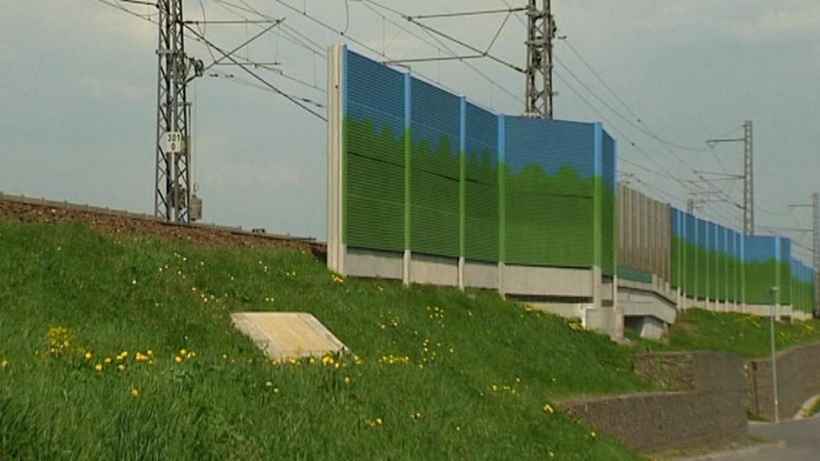 Nedokončená protihluková stěna
