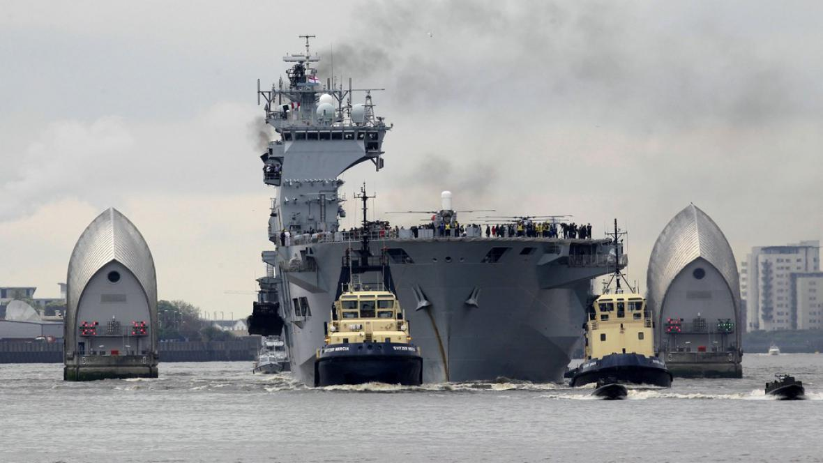 Válečná loď Ocean