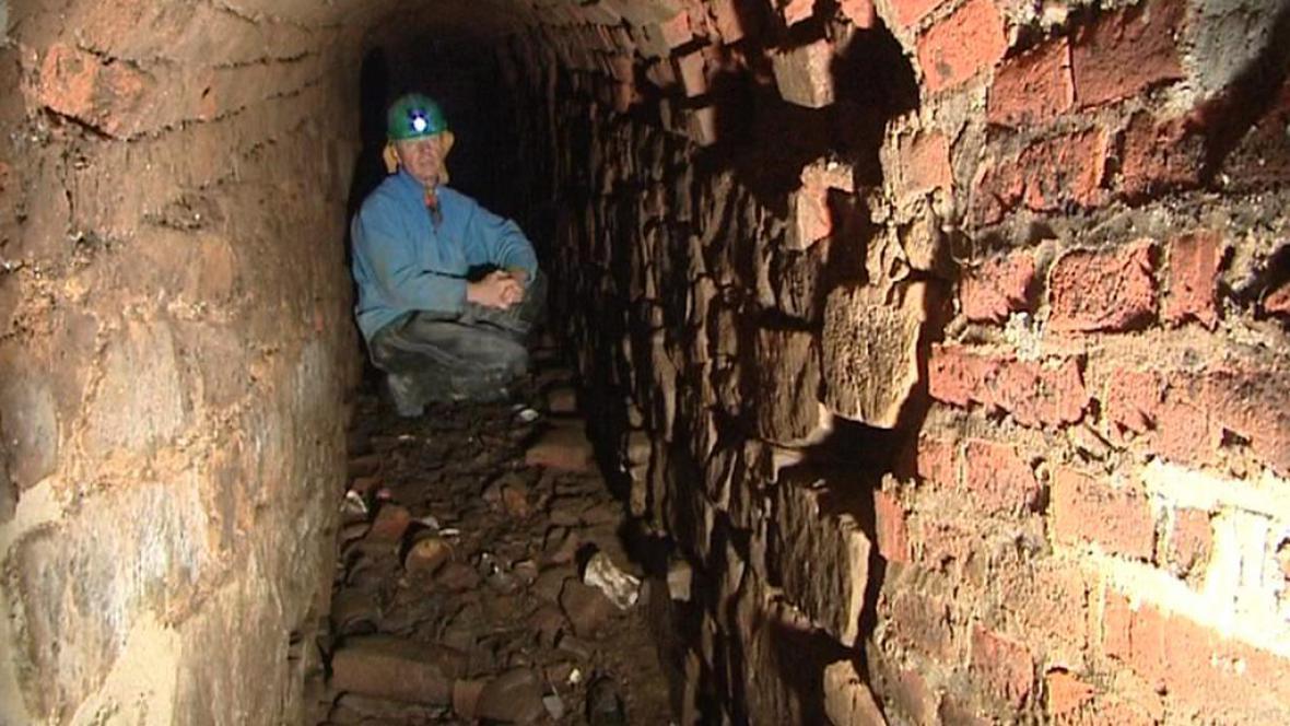 Labyrint chodeb pod Josefovem