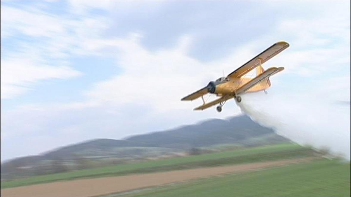 Cvičení leteckých hasičů