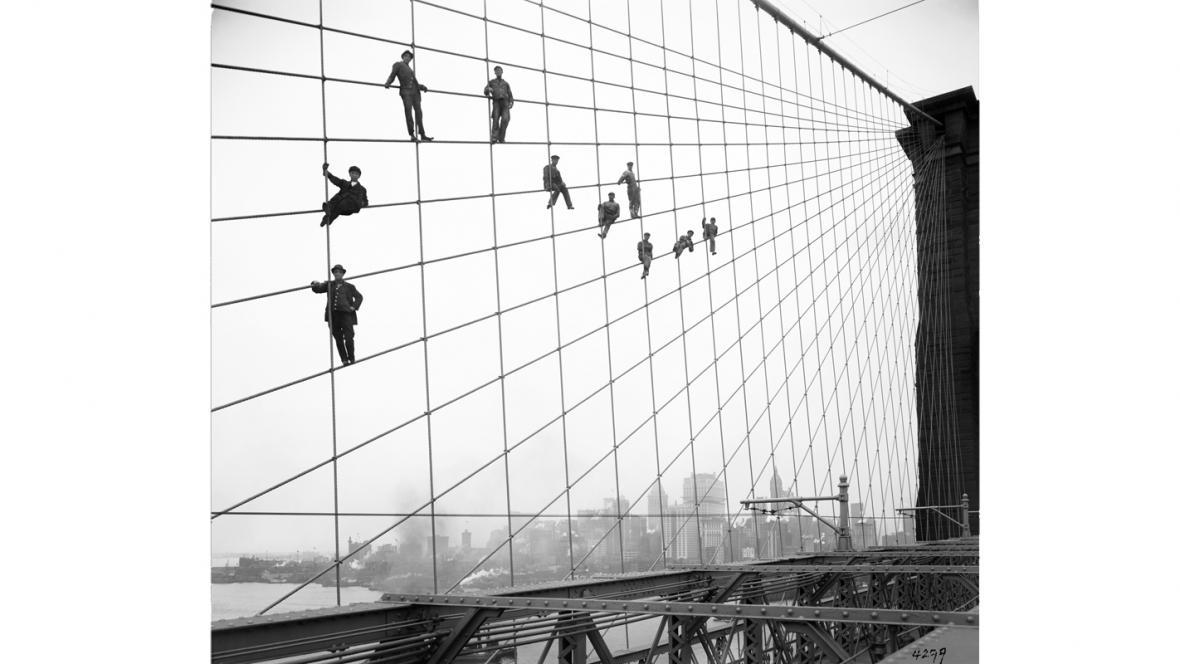 Natěrači na Brooklynském mostě