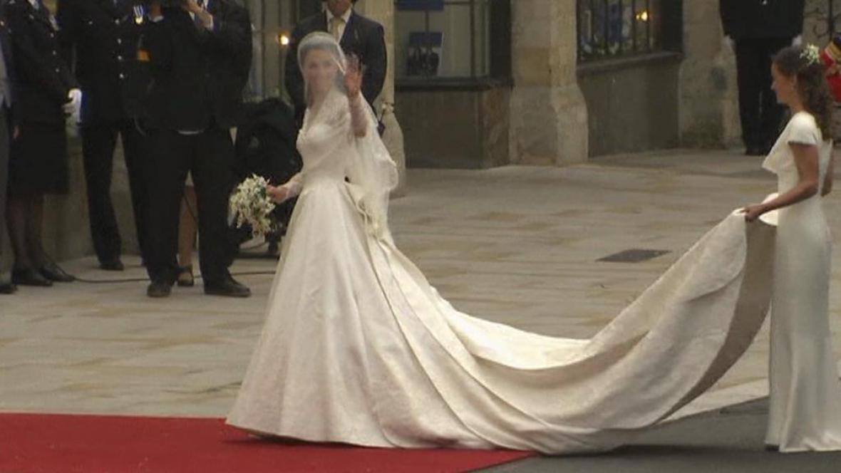 Kate Middletonová ve svatebních šatech