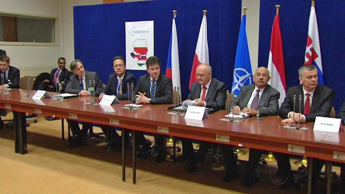 Setkání ministrů zahraničí V4 na okraj zasedání NATO