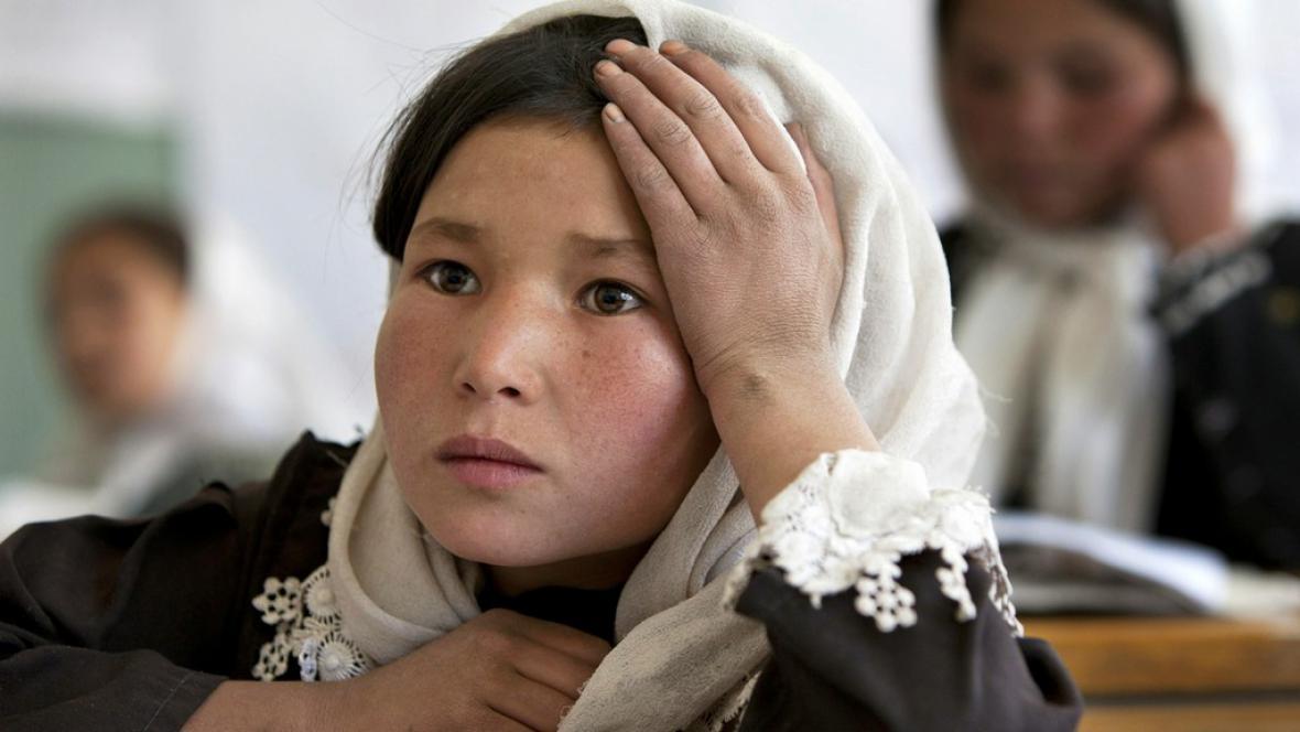 Afghánská školačka