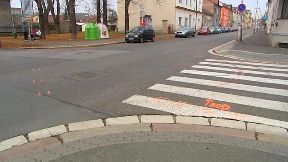 Místo tragické dopravní nehody v Hradci Králové
