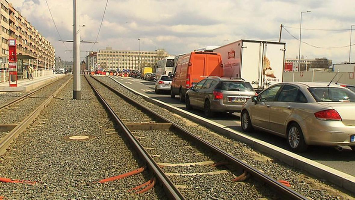 Nové tramvajové koleje