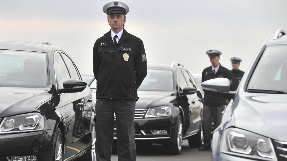 Policie převzala nové passaty