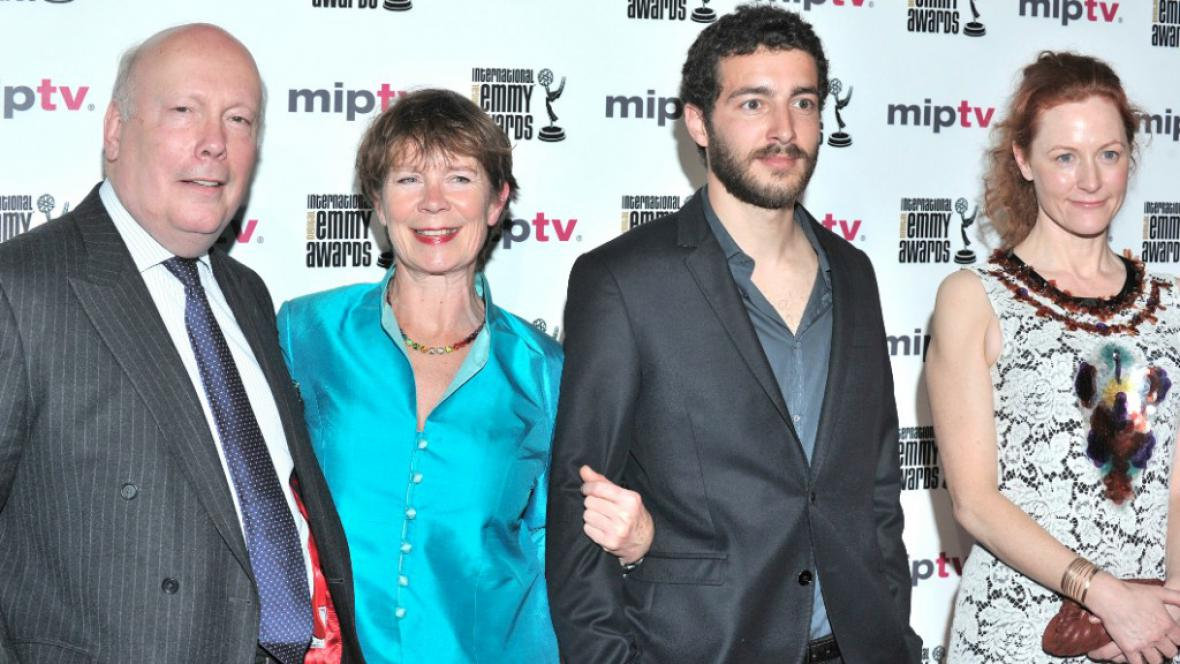 Julian Fellowes, Celia Imrie, Geraldine Somerville and Glen Blackhall z ITV série Titanic