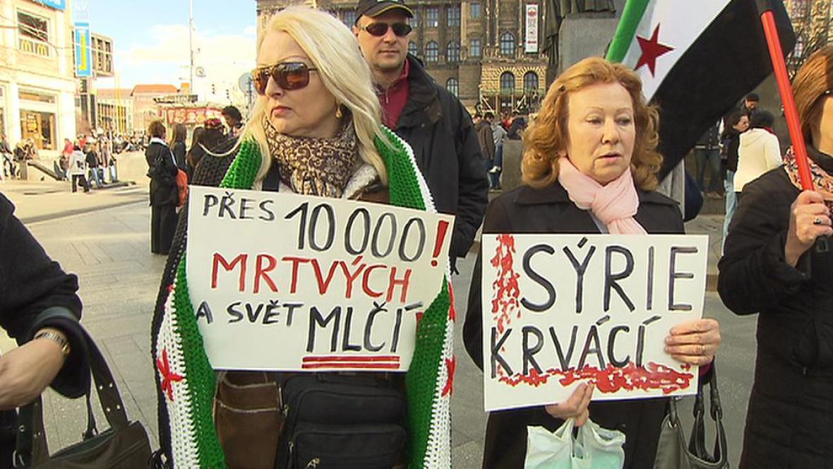 Protest proti násilí v Sýrii
