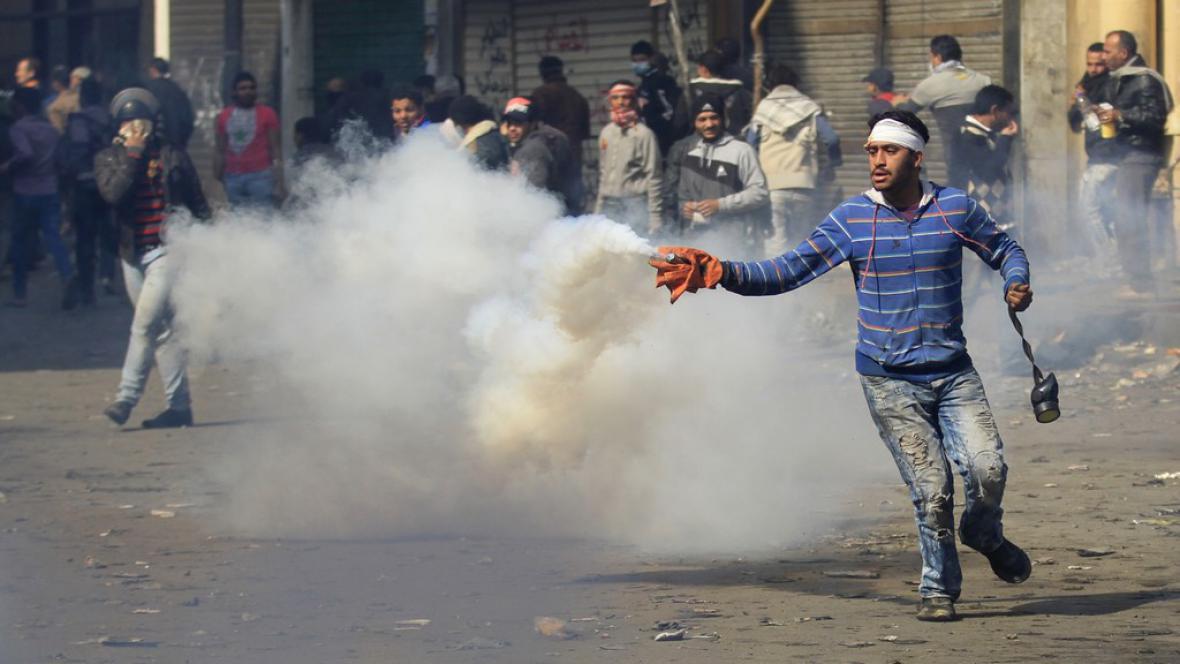 Demonstranti v Egyptě