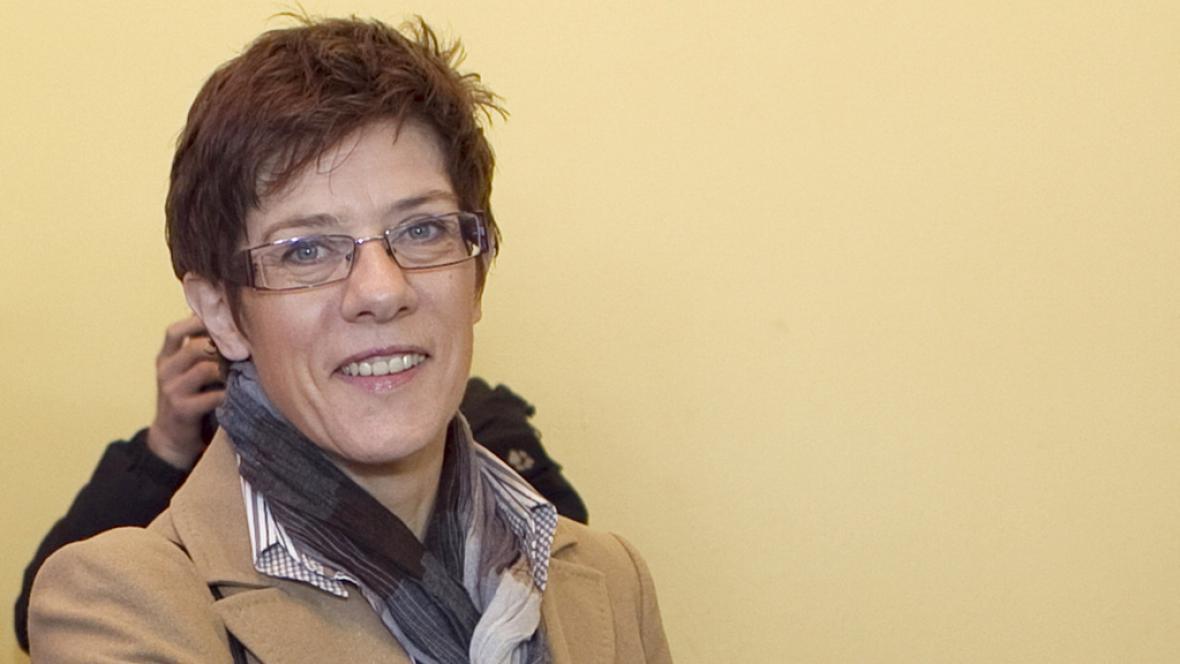 Kandidátka CDU Annegret Krampová-Karrenbauerová