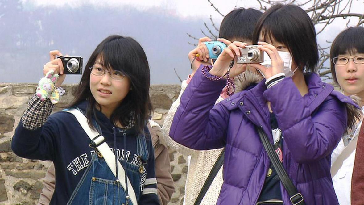 Japonské děti na výletě v Praze