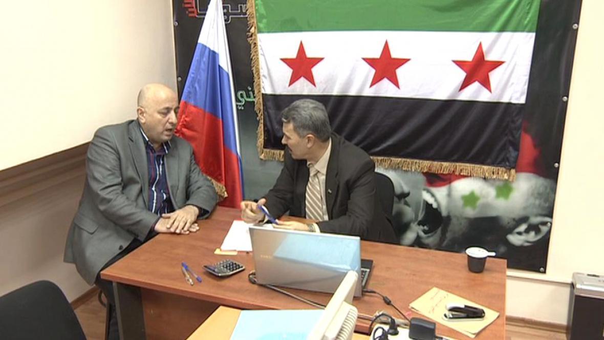 Mahmúd al-Hamza a Saad Salahíja, Syřané žijící v Moskvě