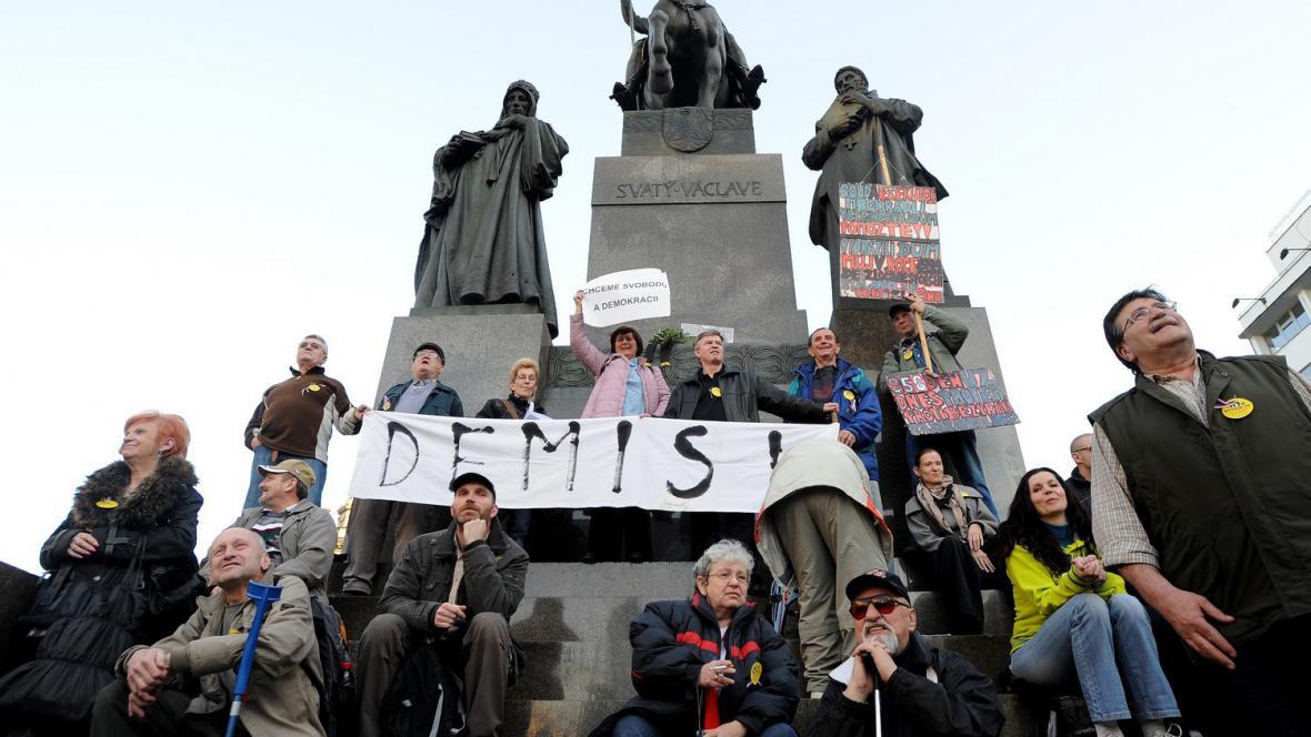 Protivládní protest na Václavském náměstí