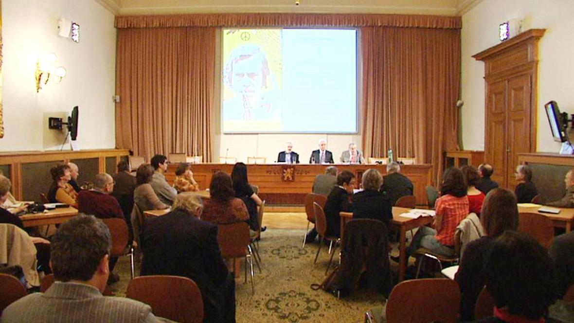 Účastníci konference Ústavu pro soudobé dějiny Akademie věd