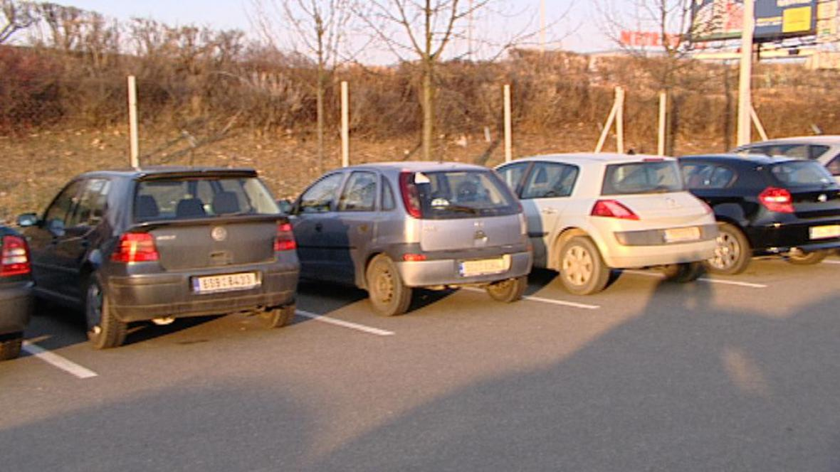 Parkoviště P + R