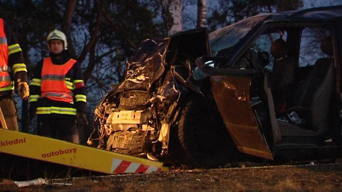 Hasiči zasahují při dopravní nehodě na Domažlicku