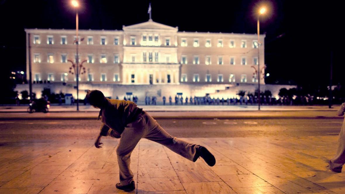 Prizmatem řecké krize