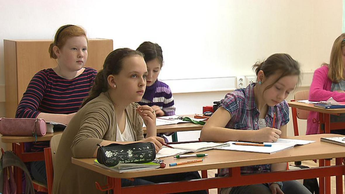 Žáci Gymnázia Hostivice