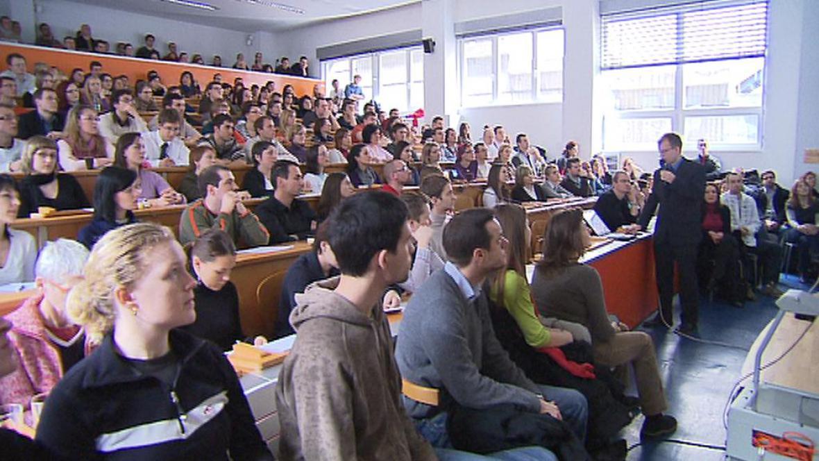 Univerzitní aula