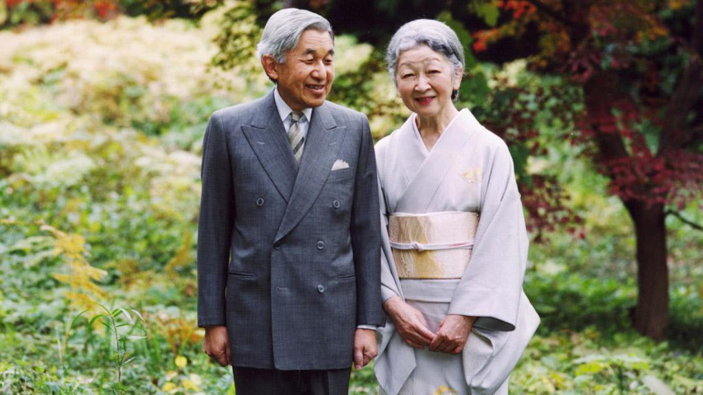 Japonský císař Akihito s chotí Mičiko