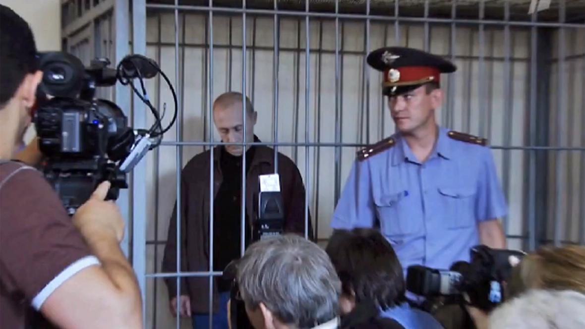Fiktivní reportáž o soudu s Vladimirem Putinem