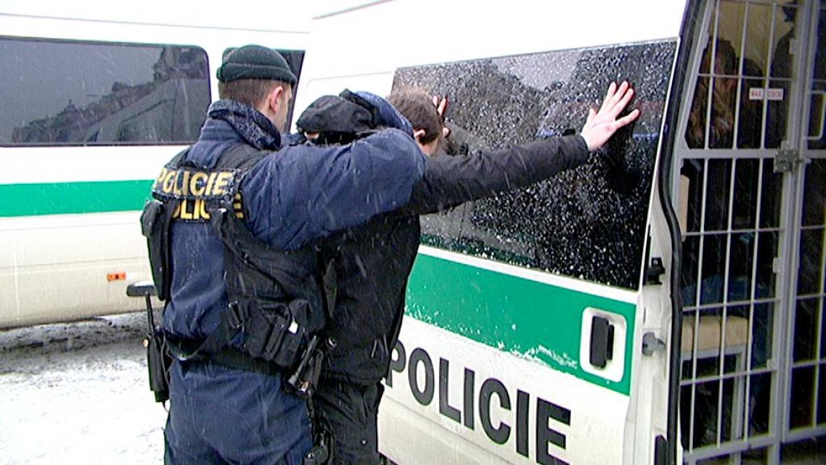 Policejní akce Tranzit