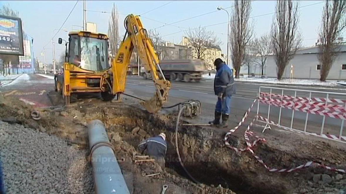 Mrazy - opravy potrubí